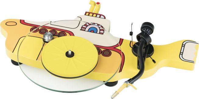 the-beatles-yellow-submarine-1-653×326